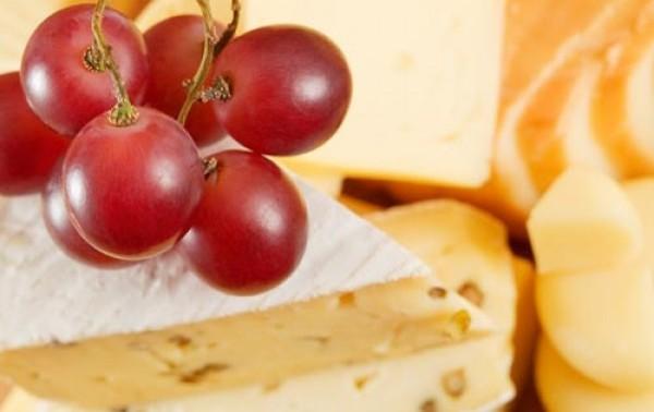 Parejas culinarias: ¿Con qué alimentos puedo acompañar cada tipo de queso?